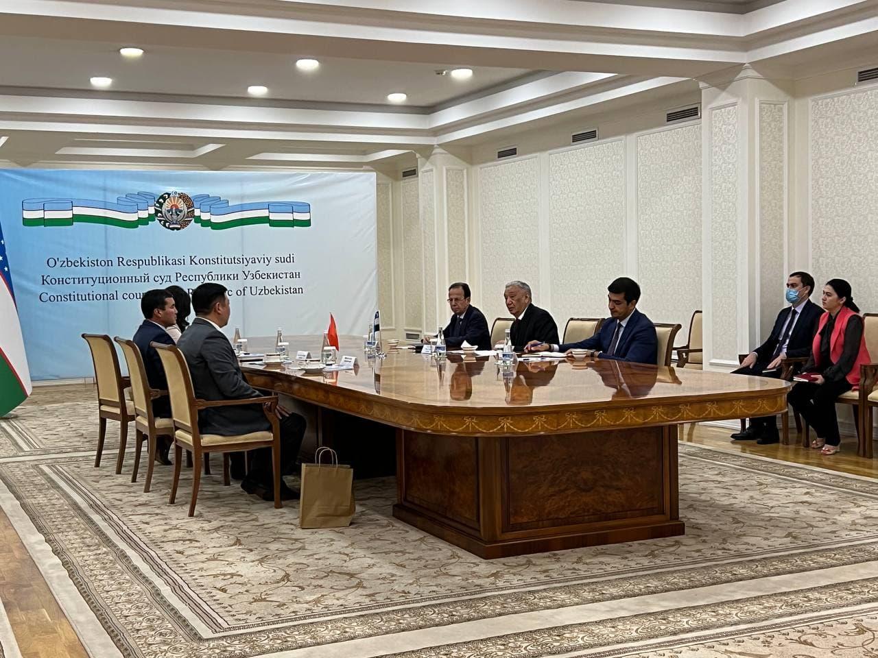 Қирғизистон Реcпубликаси Марказий сайлов комиссияси  аъзолари билан учрашув